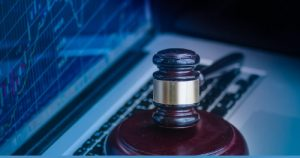 Read more about the article US Indicts 'The Bull' a Dark Web User for Insider Trading